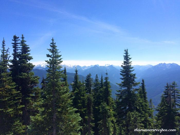 Hiking to Beckler Peak