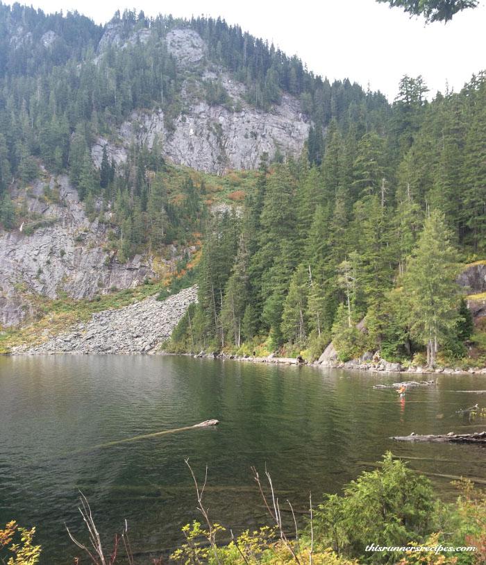 Hiking at Dorothy Lake