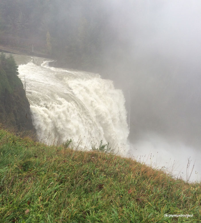 9 Must-Do Hikes in Washington State: Snoqualmie Falls