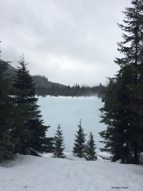 Snowshoeing in Snoqualmie Pass