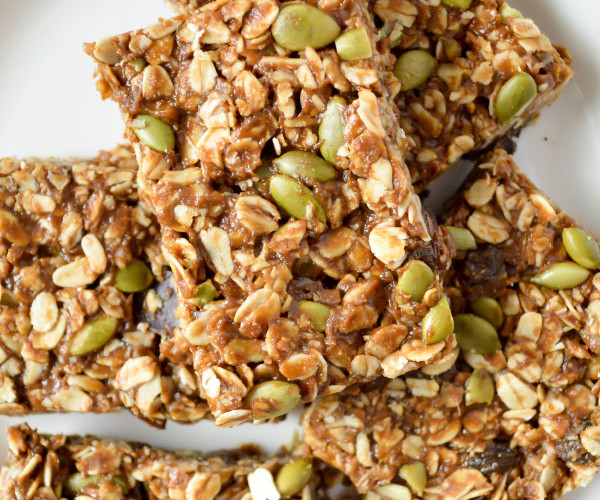 Vegetarian and Gluten Free No Bake Granola Bars from This Runner's Recipes