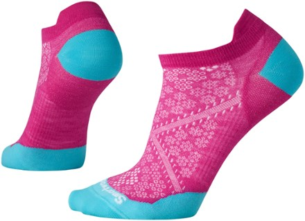 Holiday Gift Guide for Runners: SmartWool Socks