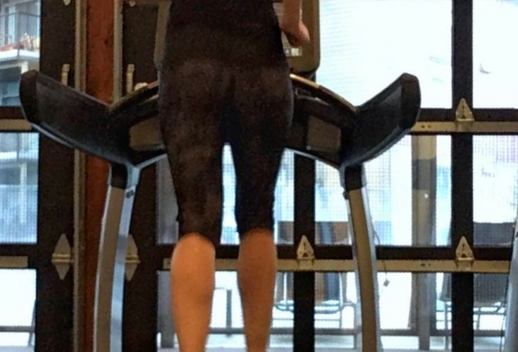 Staying Sane on the Treadmill {Run It Round Up}